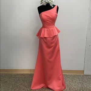 Mori Lee cantaloupe formal dress. Size 8.